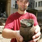 Archeologové našli v centru Prahy poklad