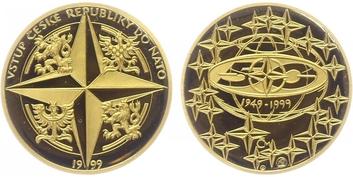 Medaile ke vstupu ČR do NATO, Au 0,9999, 23 mm (7,78 g), 1/4 Oz., etue a certifikát,