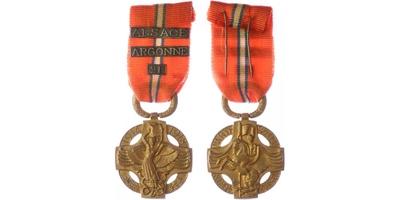 Československá revoluční medaile, ZBOROV, těžký typ s podpisem medailéra, VM.6-B