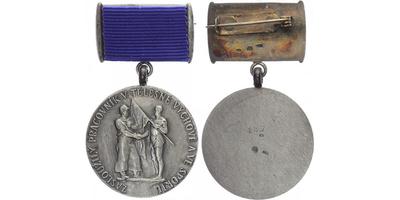 Čestný odznak Zasloužilý pracovník v tělovýchově a sportu, číslo 176, stříbro, puncov