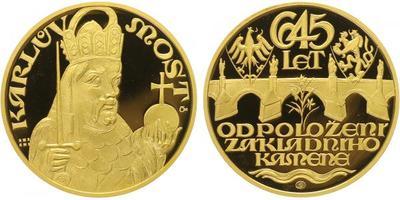 Medaile b.l. - 645 let od položení základního kamene Karlova mostu, Au 0,9999, 37 mm